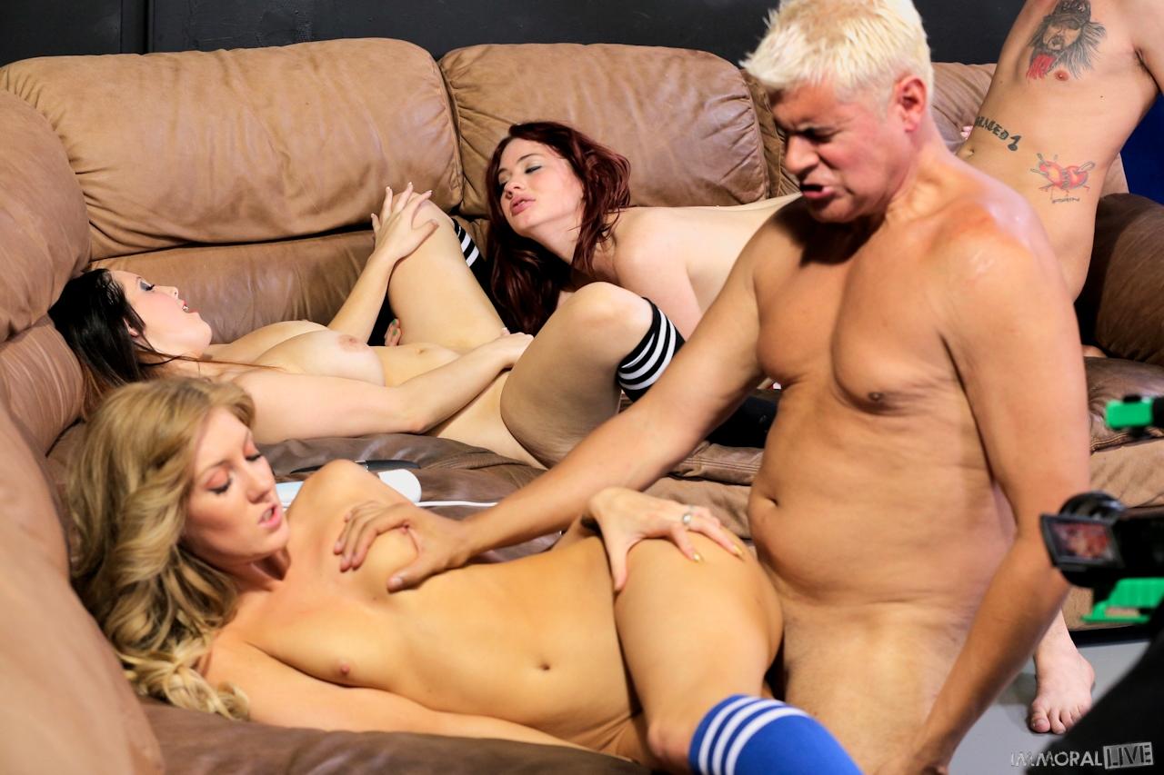 blazingmovies pic teasers 42204 f04e274c0d nude 01 42204 06
