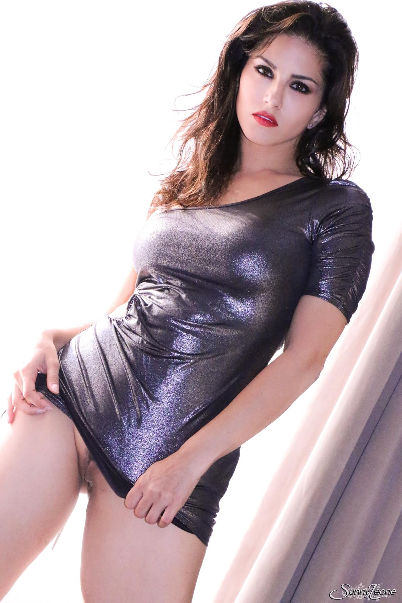 blazingmovies pic teasers 51891 df88a63ff3 nude 01 51891 03