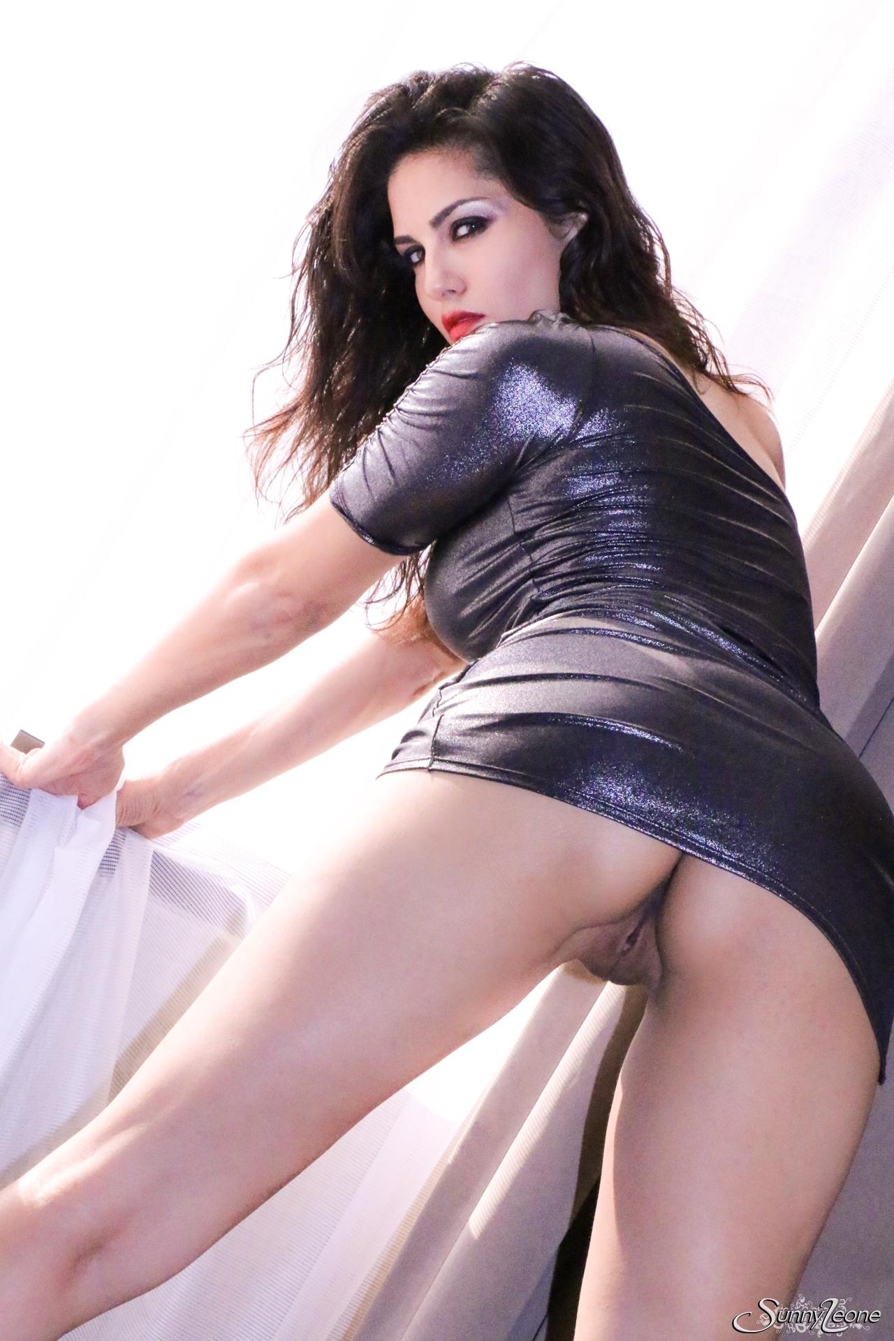 blazingmovies pic teasers 51891 df88a63ff3 nude 01 51891 04