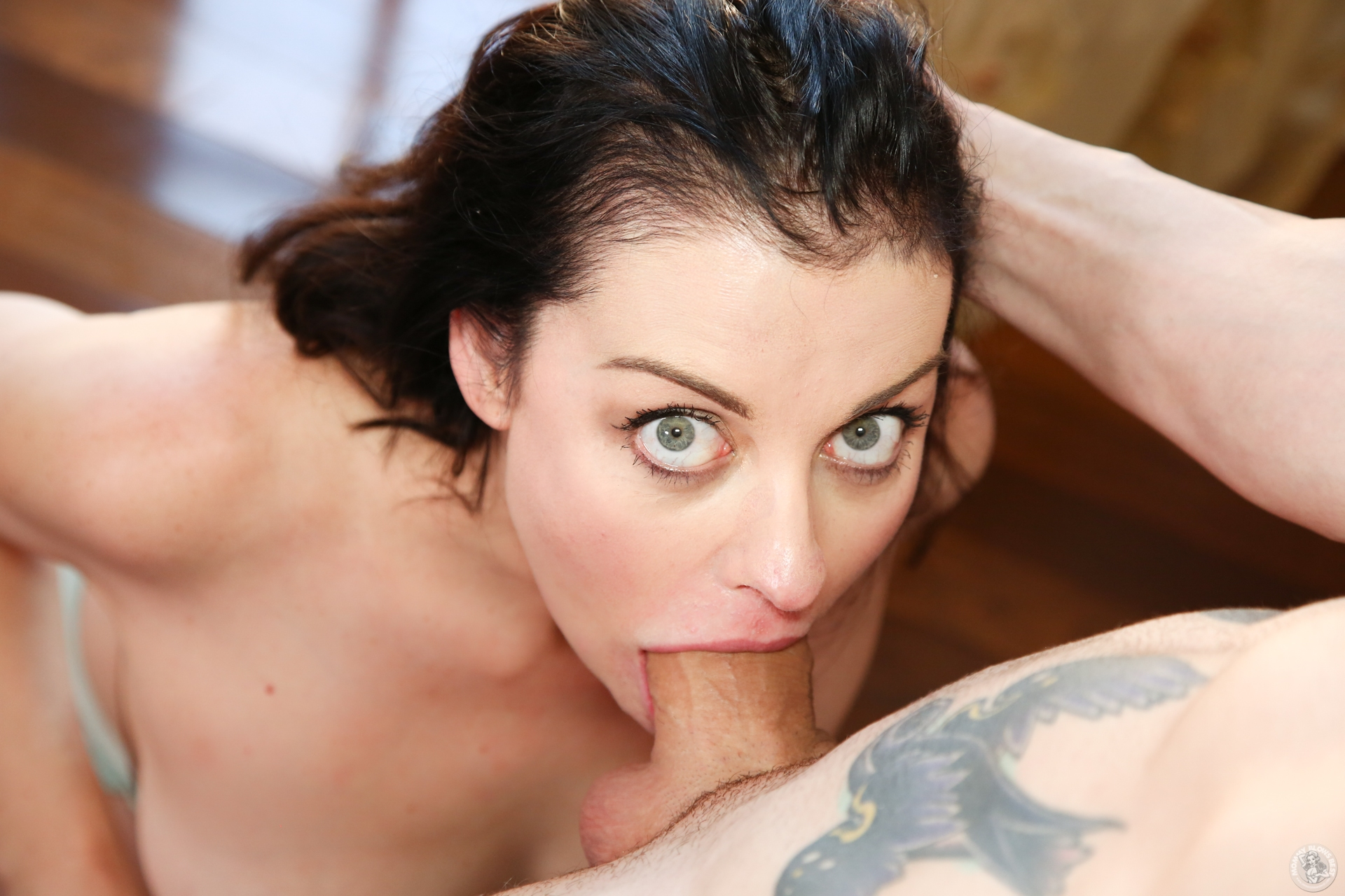 Wife works hairy pussy