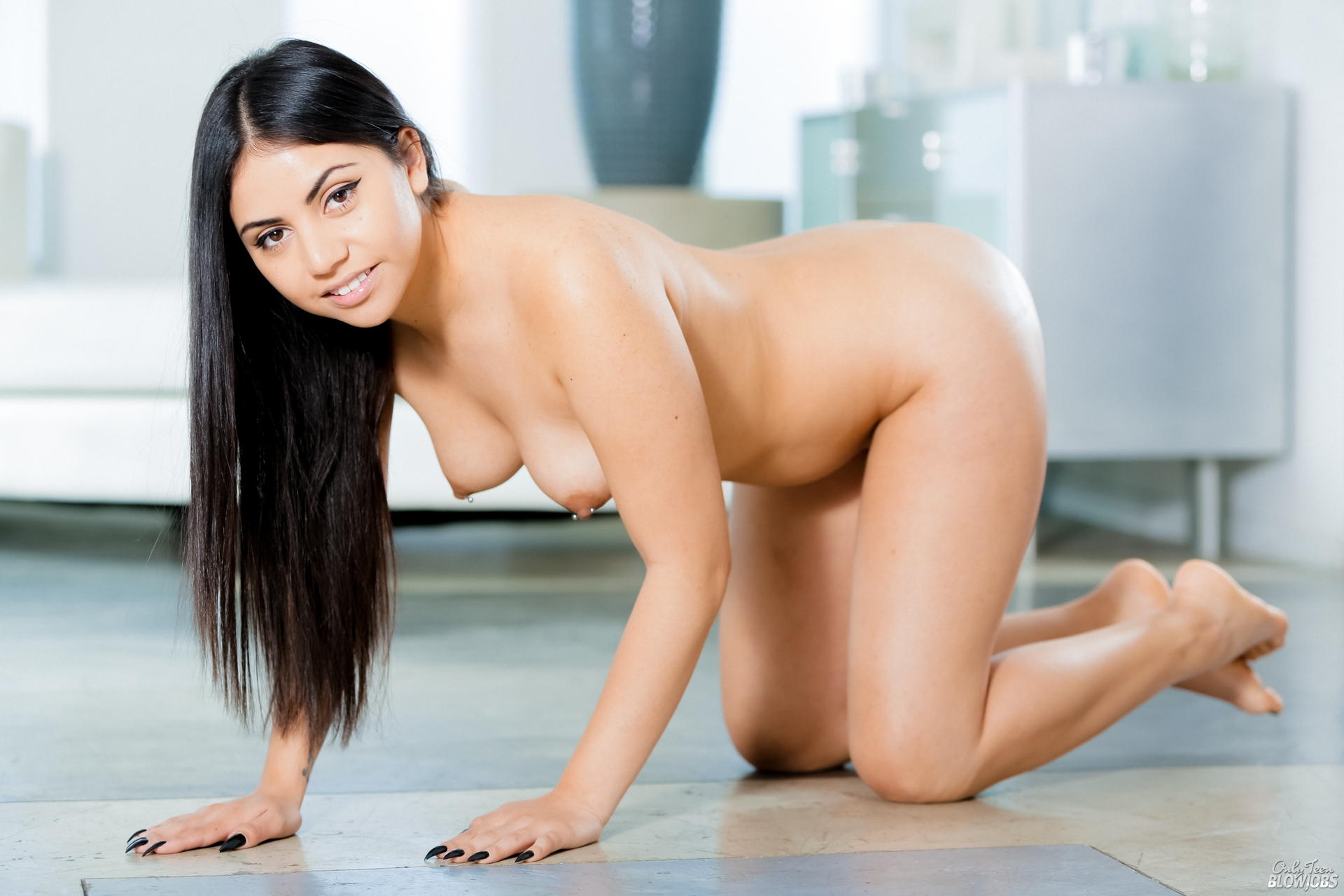blazingmovies pic teasers 92765 cdc481893c nude 01 92765 05